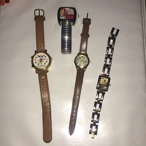 Disney collectors lot of watches.